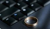 انستیتوی اینترنت دانشگاه آکسفورد: استفاده بیش از حد از رسانه ها به ازدواج آسیب می رساند