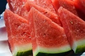 با مصرف هندوانه با چاقی مبارزه کنید