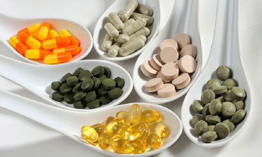 هشدار متخصصان نسبت به مصرف بی رویه مکملها برای پیشگیری از کرونا